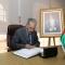 رئيس مجلس الأمة بالنيابة يقدم التعازي بسفارة سلطنة عُمان والسفارة الأكرانية بالجزائر