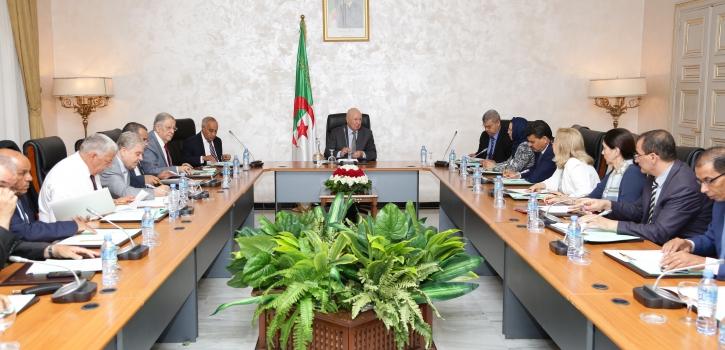 رئيس مجلس الأمة يترأس إجتماعا لهيئة التنسيق