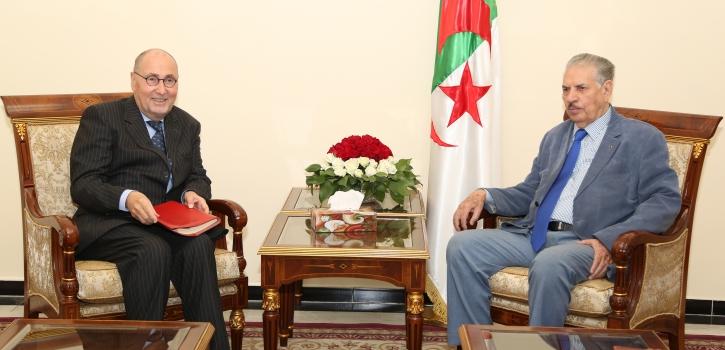 رئيس مجلس الأمة بالنيابة يستقبل سفير جمهورية فرنسا بالجزائر
