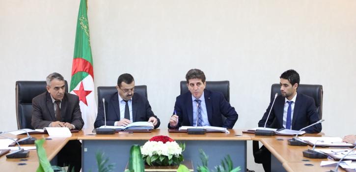 لجنة الشؤون الاقتصادية والمالية تستمع لعرض وزير الطاقة حول مشروع قانون  يتعلق بالأنشطة النووية