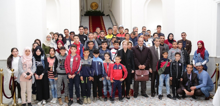 تلاميذ جمعية أحباب عين يوسف في زيارة للمجلس