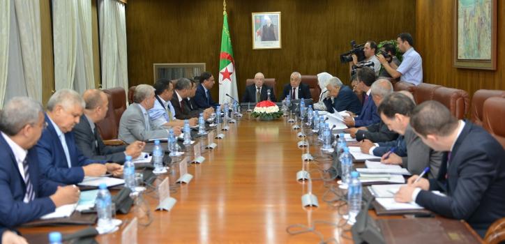 مكتبي غرفتي البرلمان يجتمعان لضبط جدول أعمال الدورة العادية 2018-2019