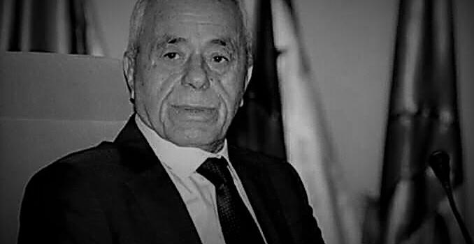 رئيس مجلس الأمة بالنيابة المجاهد صالح قوجيل يعزي عائلة المرحوم المجاهد السعيد بوحجة