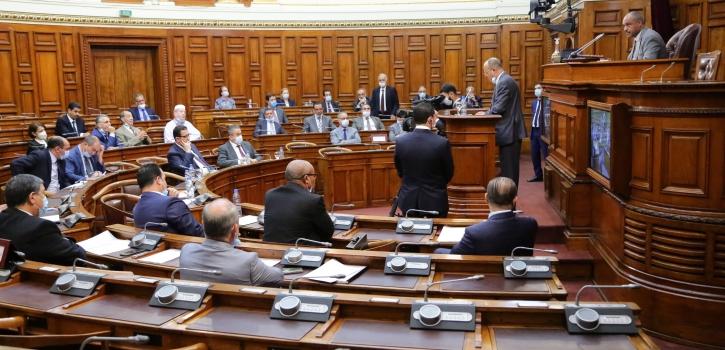 أعضاء مجلس الأمة يوجهون إثنى عشر (12) سؤالاً شفوياً إلى أربعة (4) أعضاء في الحكومة