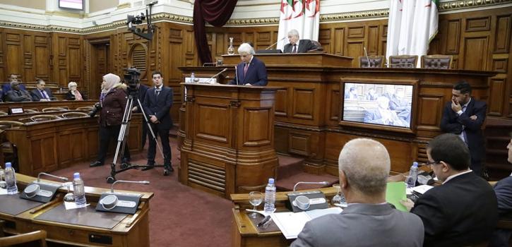 أعضاء مجلس الأمة يناقشون نصي القانون العضوي المتعلق باختصاصات مجلس الدولة  وقانون تنظيم السجون