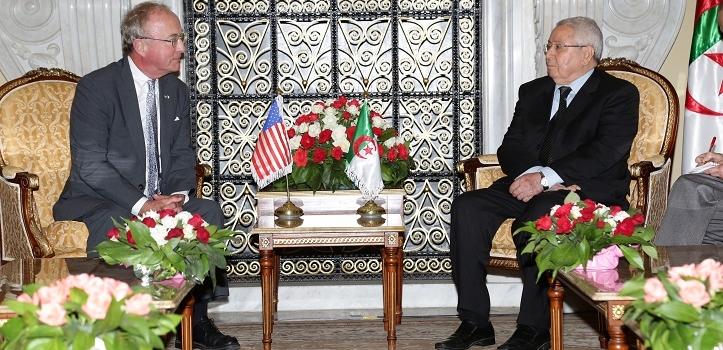 رئيس مجلس الأمة يستقبل السيدRodney Frelinghuysen   ، رئيس لجنة الإعتمادات المالية بمجلس النواب الأمريكي